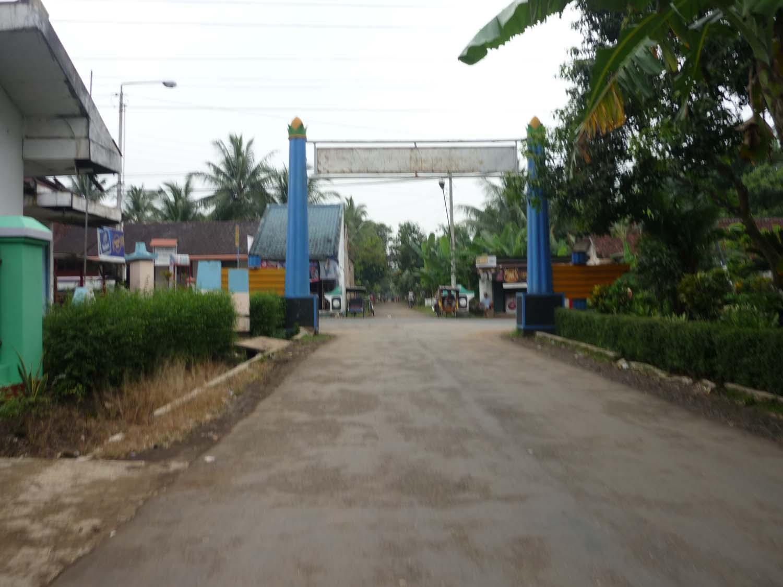 Kampung Venus,kampung Yang Gelap Siang Dan Malam Dijakarta [ www.BlogApaAja.com ]