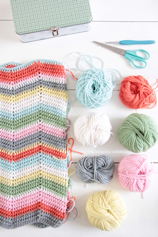 New crochet projects for IDA yarn shop