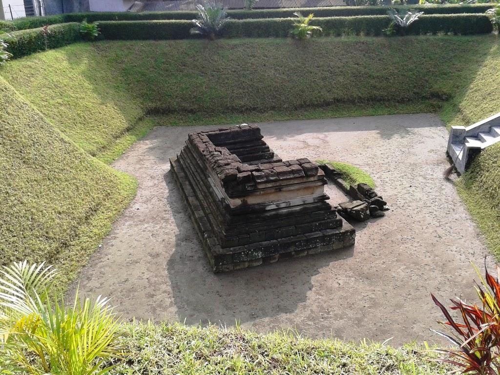 Sisa-sisa bangunan Candi Bintaran di Situs Payak