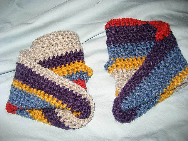Pixelated Mushroom Lisagaetjens Fourth Doctor Inspired Mobius Mitts
