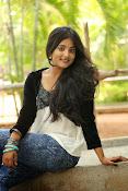 Ulka Gupta glamorous photos-thumbnail-8