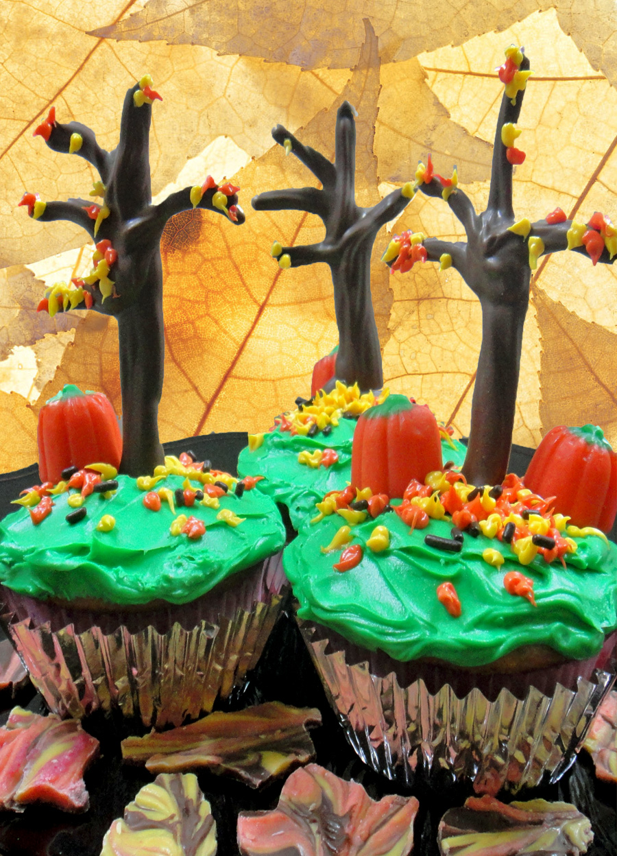 Worth Pinning Fall cupcakes