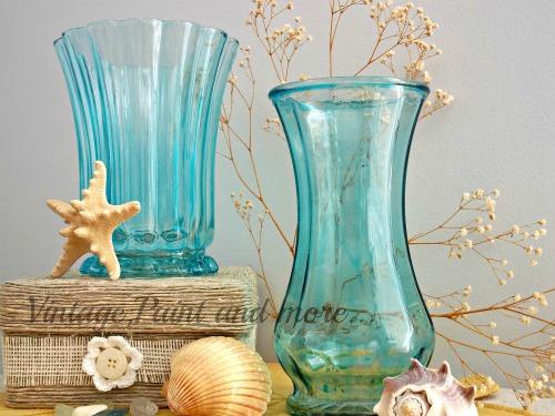 http://www.vintagepaintandmore.com/2013/11/mod-podge-vases.html