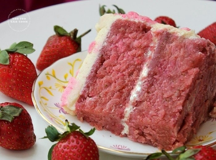Strawberry Cake With Buttercream Frosting Simple Strawberry