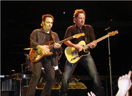 Rock Guitar Daily with Tony Conley: Nils Lofgren - Old School
