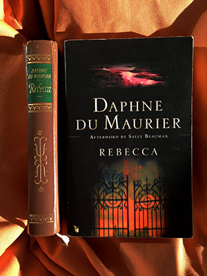 a synopsis of the novel rebecca written by daphne du maurier Review: rebecca by daphne du maurier which is kind of crazy if you've actually read the book) rebecca really but it is masterfully plotted and written and.