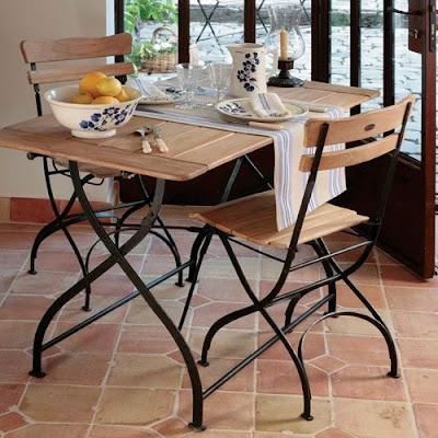 bistro table and chair sets