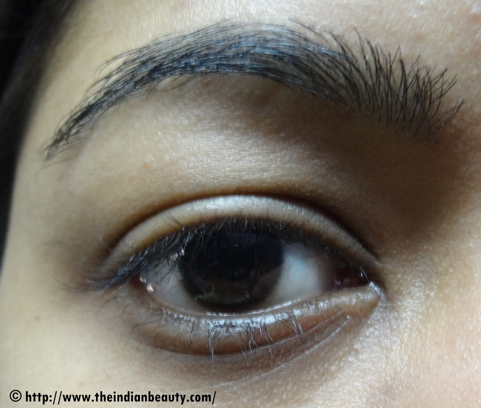 how to make small eyes look bigger with kajal