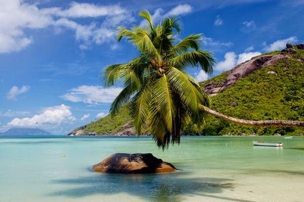 l 39 autre afrique les 10 merveilles d 39 afrique n 10 les iles seychelles. Black Bedroom Furniture Sets. Home Design Ideas