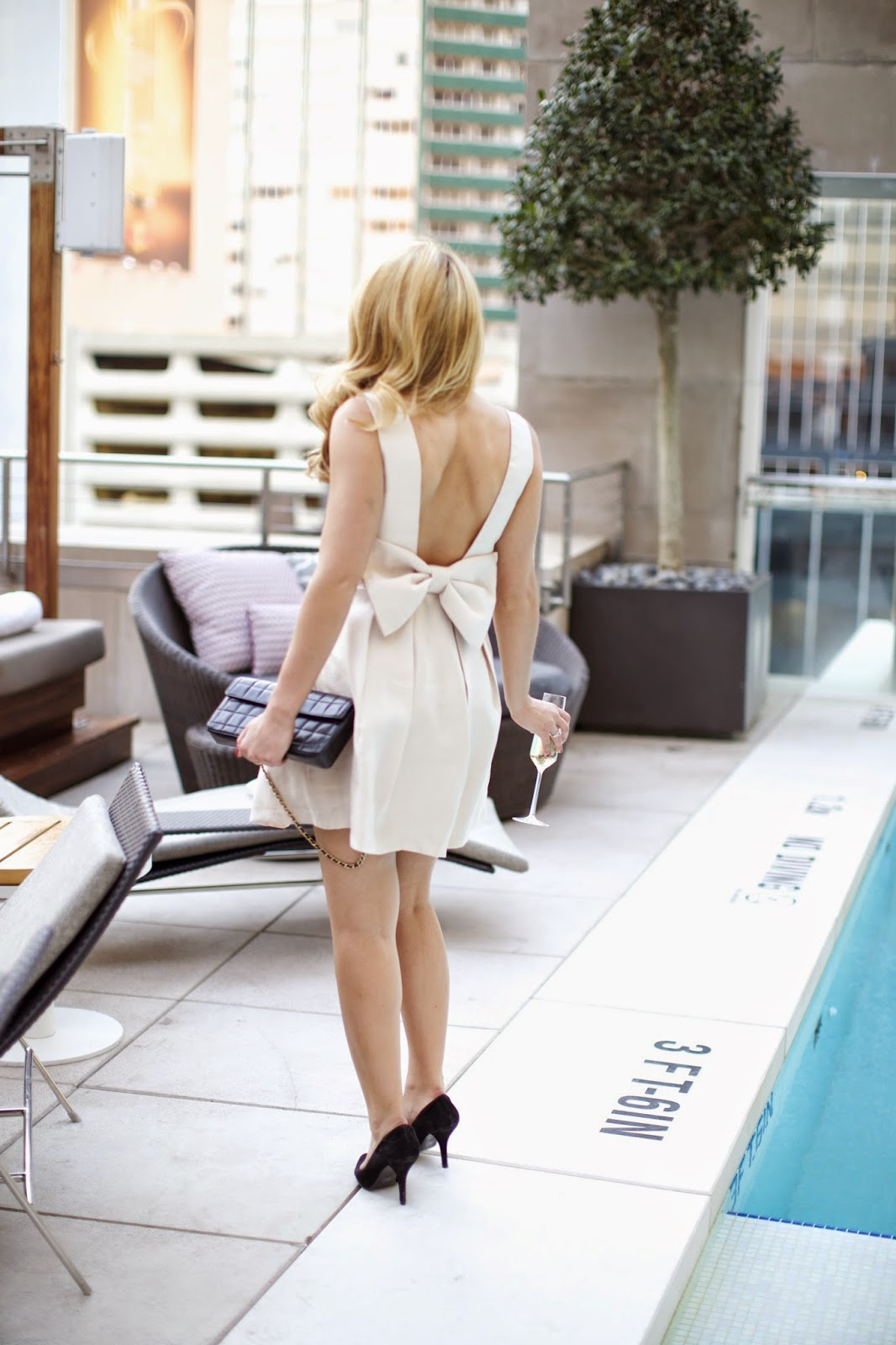 Bow dress with low back