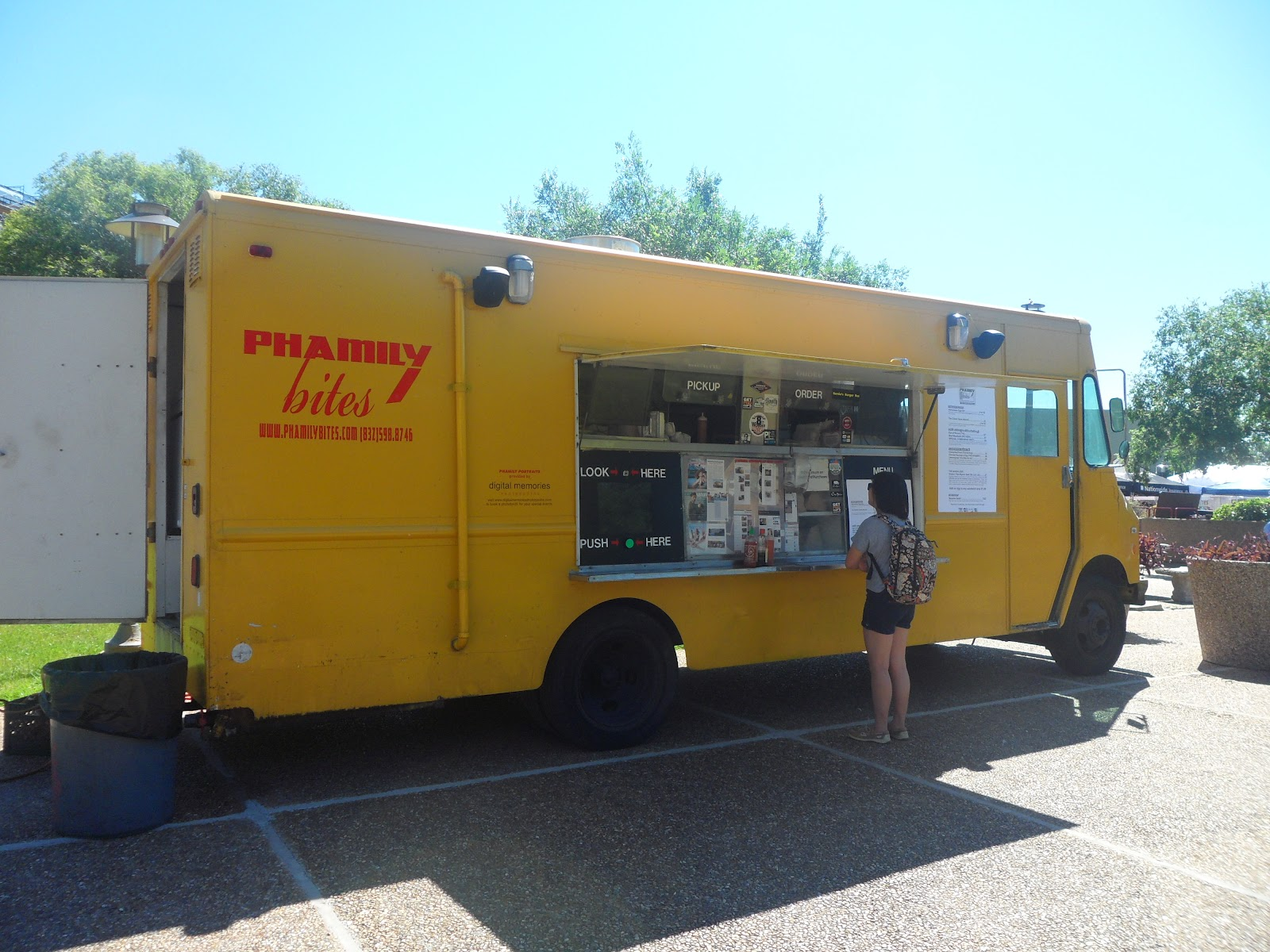 Houston Food Tr... Coreanos Food Truck