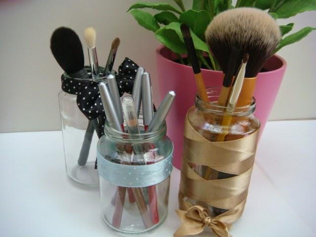 DIY: Reciclando potitos para brochas y pinceles de maquillaje