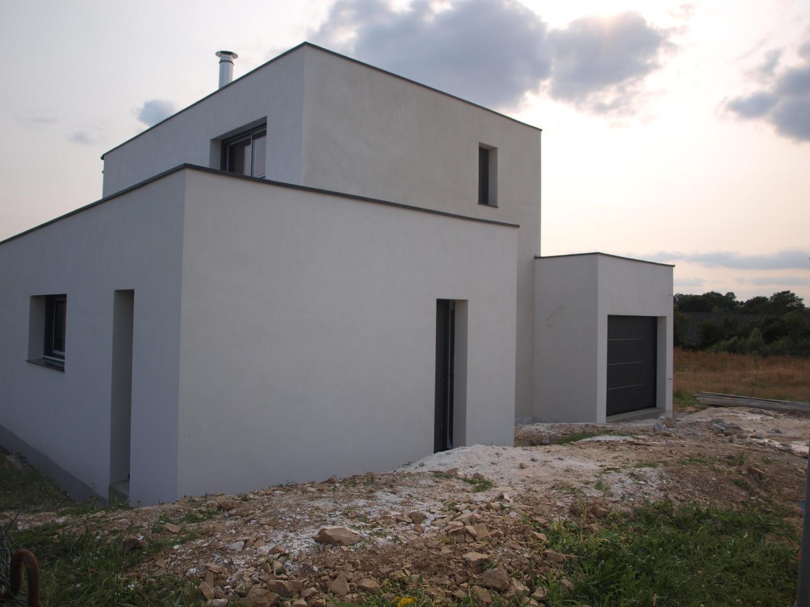 enduit en cours de finition 4 murs 1 toit plat. Black Bedroom Furniture Sets. Home Design Ideas
