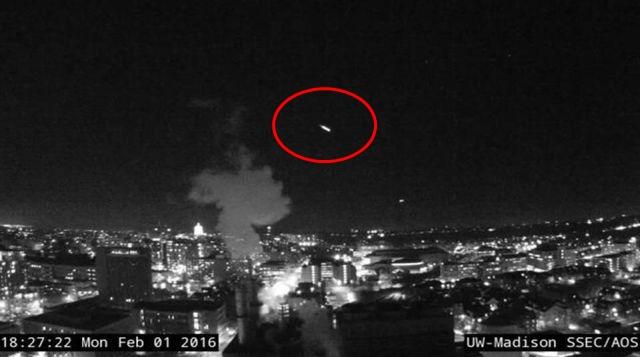Fireballs keep coming - NASA in panic-mode?  Fireball%2Basteroid%2Bmeteor%2Bnasa