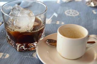 cafe-com-hielo