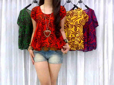 Crop Top Berry Kode M-234