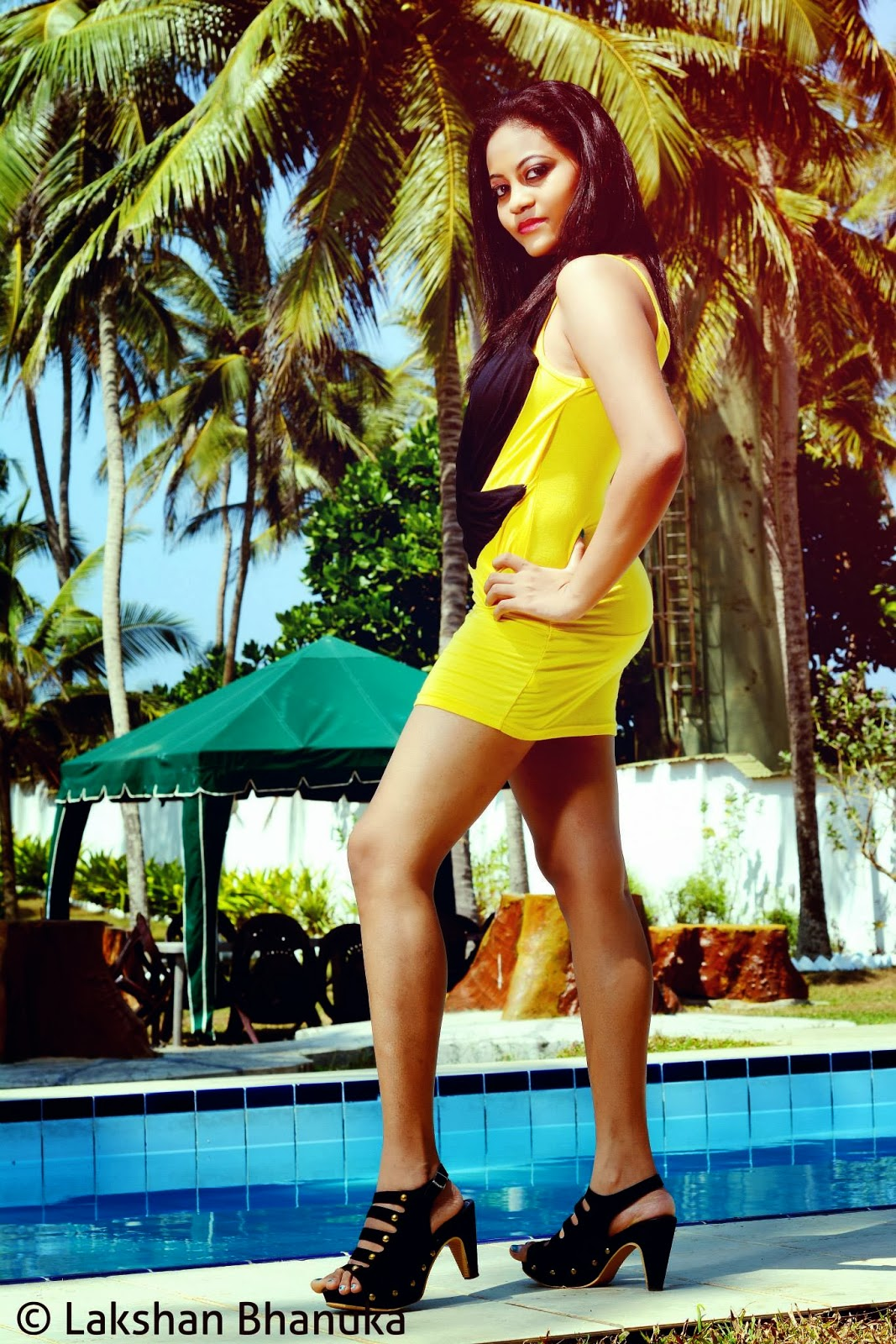 pool yellow natalie