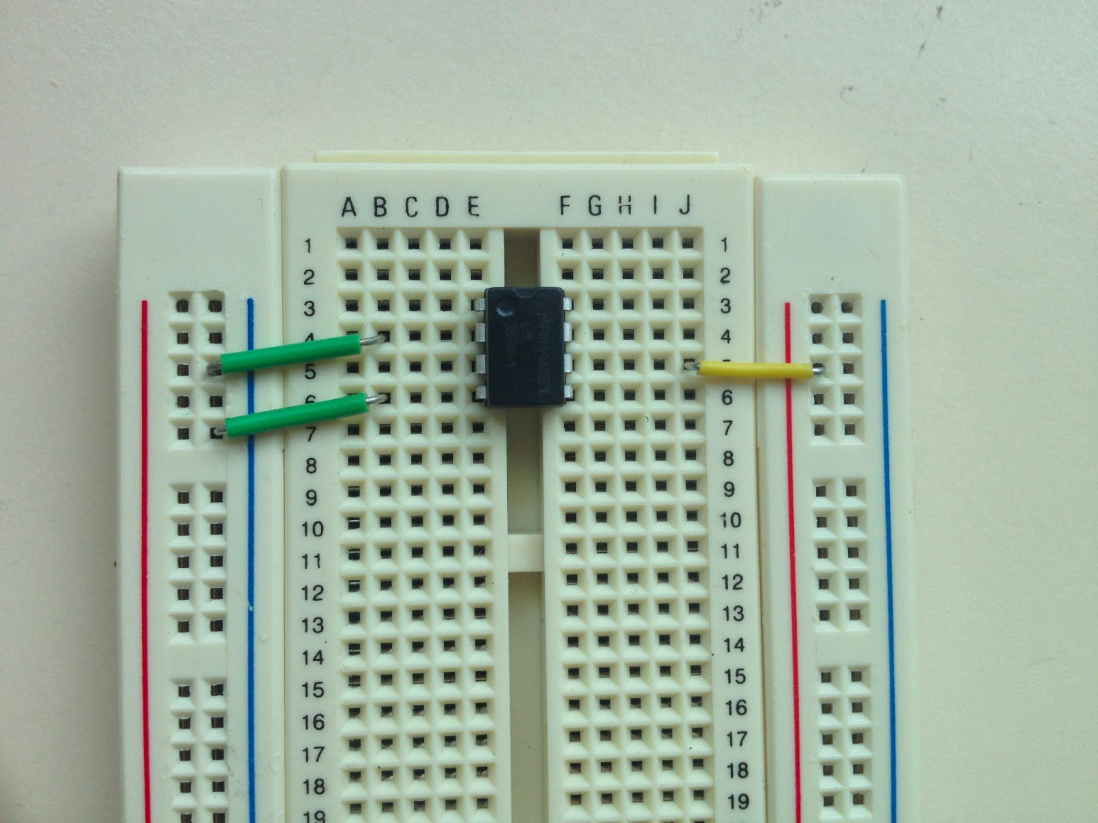 Little Scale Breadboard Basics 2 From Schematic To 9v Negative Power Supply Units Electronic Projects Circuits Connect Pin 6 Of The Lm386 Red Bus This Is Vcc