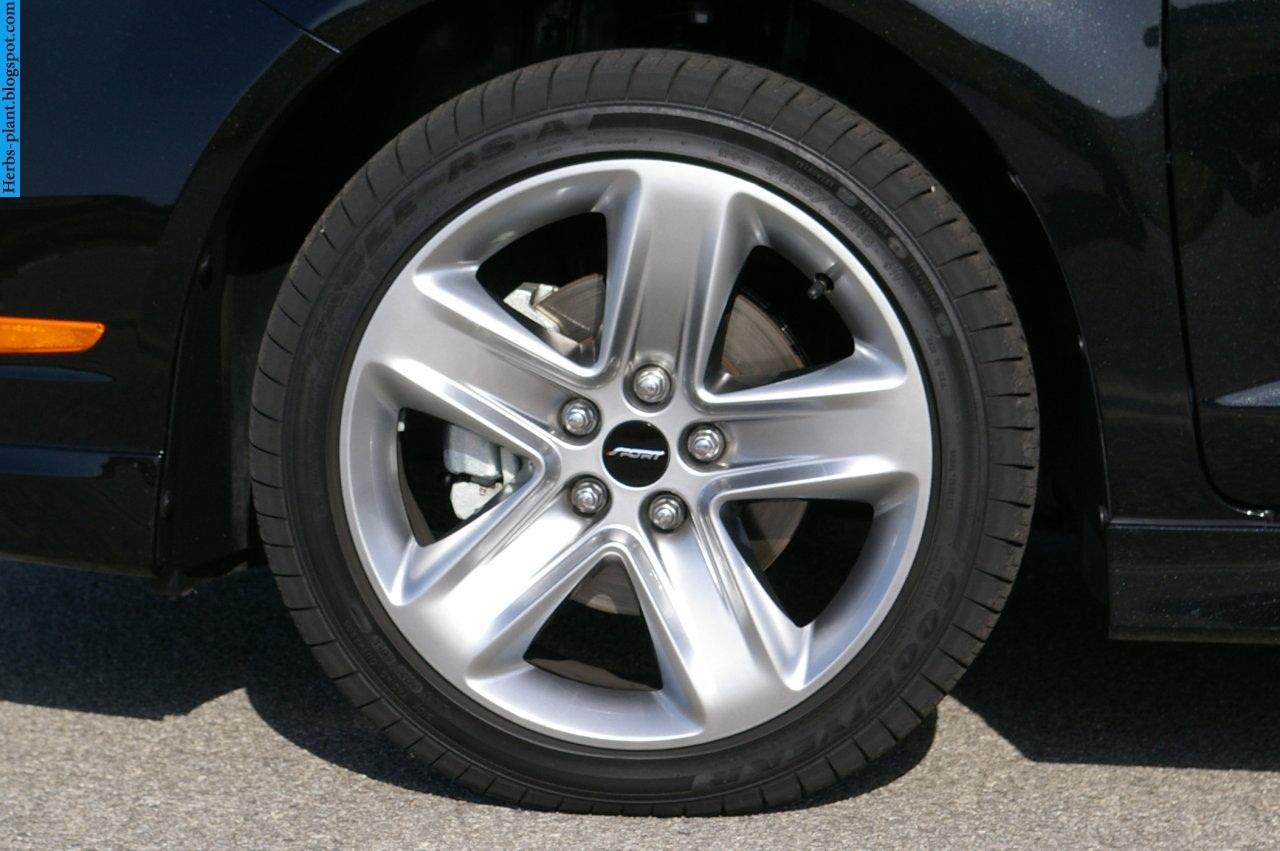 Ford fusion car 2013 tyres/wheels - صور اطارات سيارة فورد فيوجن 2013