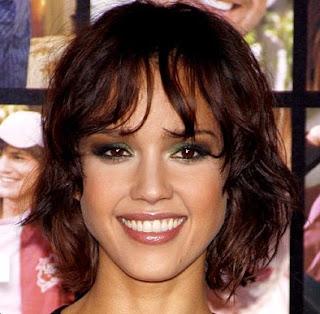 Jessica Alba Short Textured Bob Haircut