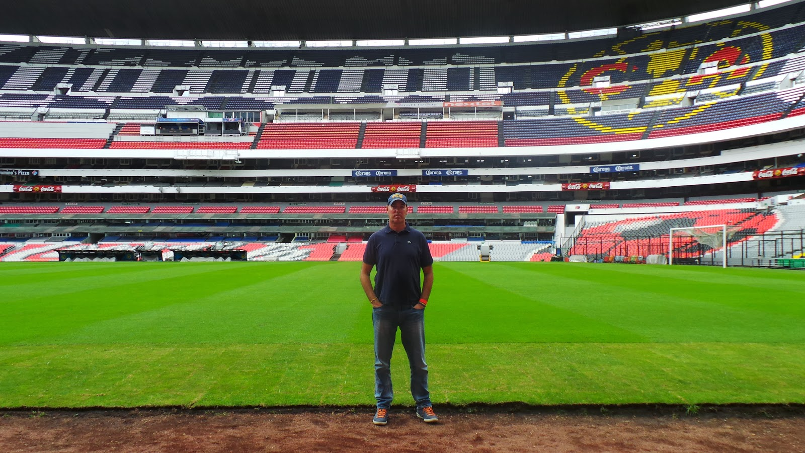 Lucalovesfootball estadio azteca for Puerta 1 estadio azteca