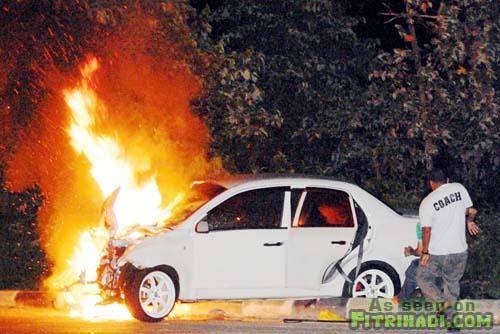 gambar sebab kenapa kereta mudah terbakar