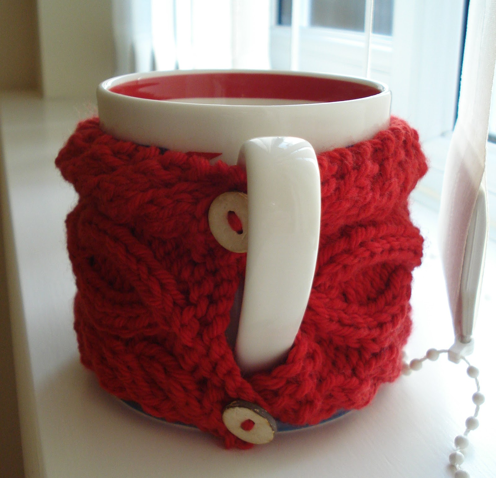 Eight-by-Six: mug hug