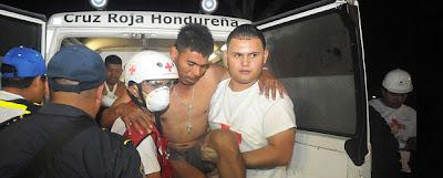 Un incendio dejó al menos 300 muertos y una veintena de reos lesionados en una cárcel estatal de la región central de Honduras