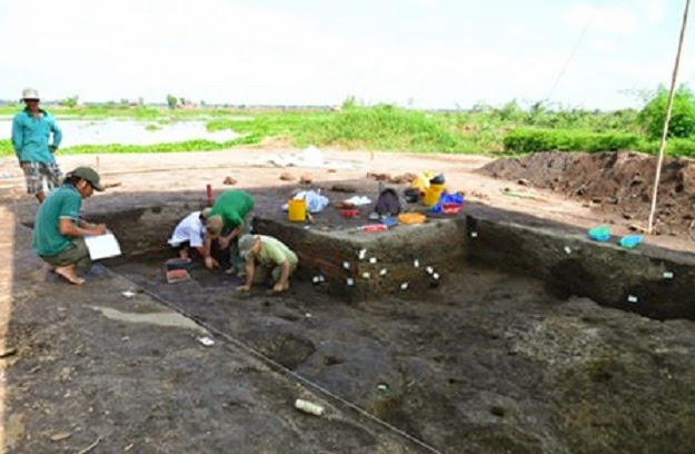 4,700 year old skeleton found in Vietnam