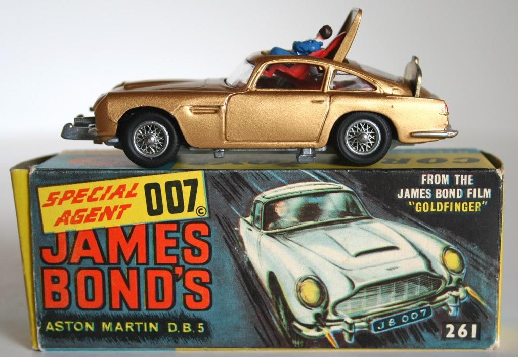 Pop Culture Safari!: Pop focus: Corgi James Bond vehicles!