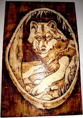 lobo - pirogravura
