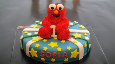 Elmo First Bday Cake