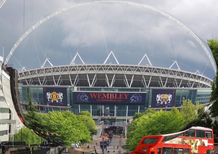 STADIONUL WEMBLEY - LONDRA