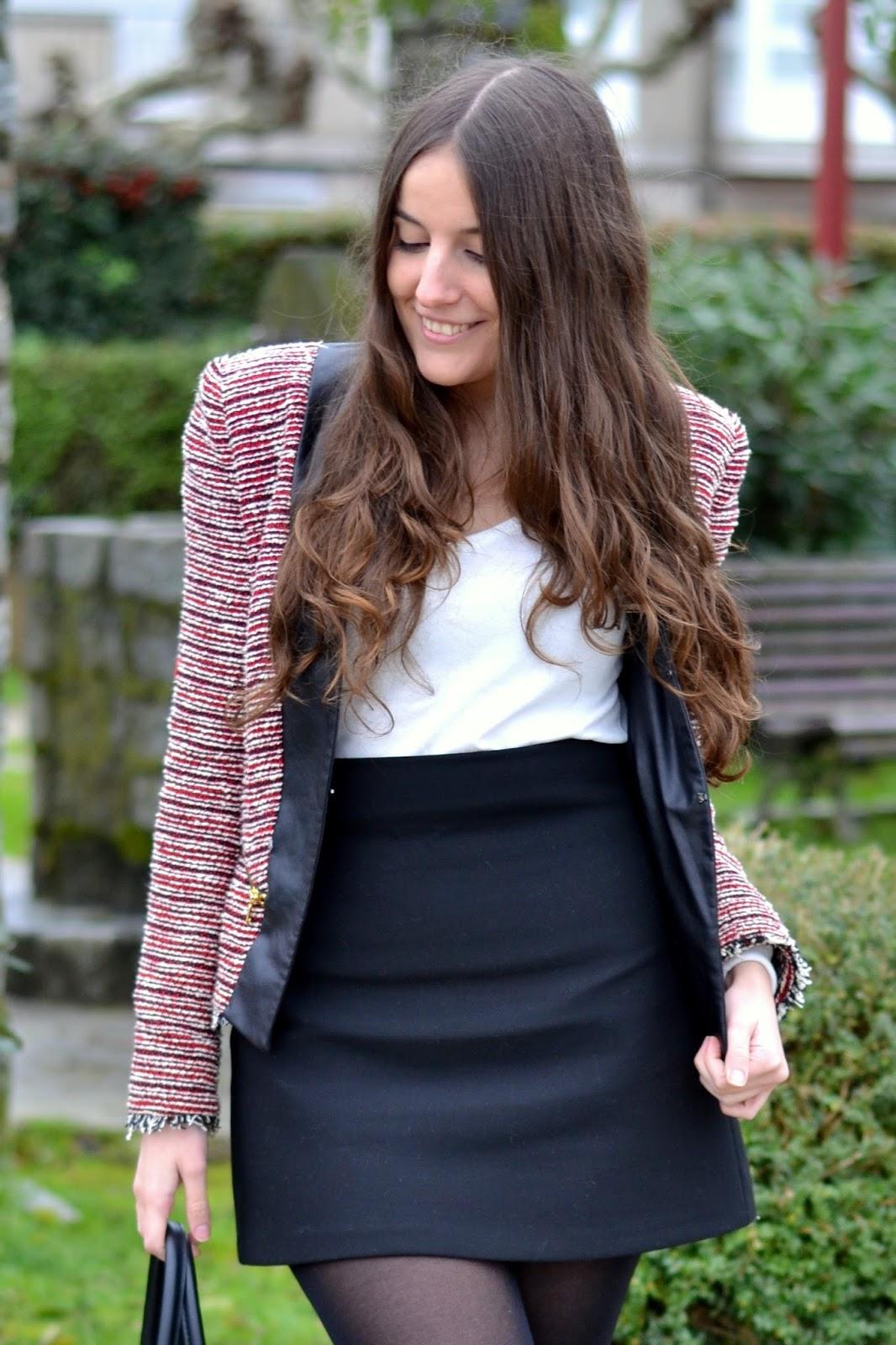 chaqueta tweed roja y negra