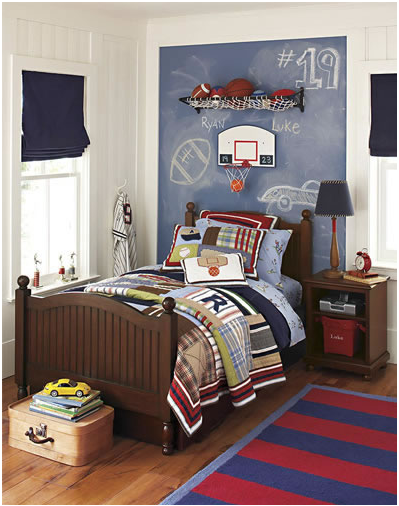 Young boys sports bedroom themes home decorating ideas for Boys bedroom designs