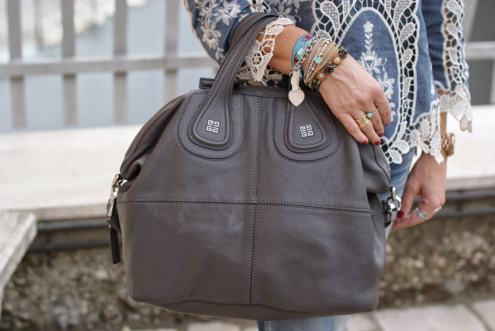 Givenchy Nightingale medium bag in grey, Sodini bracelet, Fashion and Cookies, fashion blogger