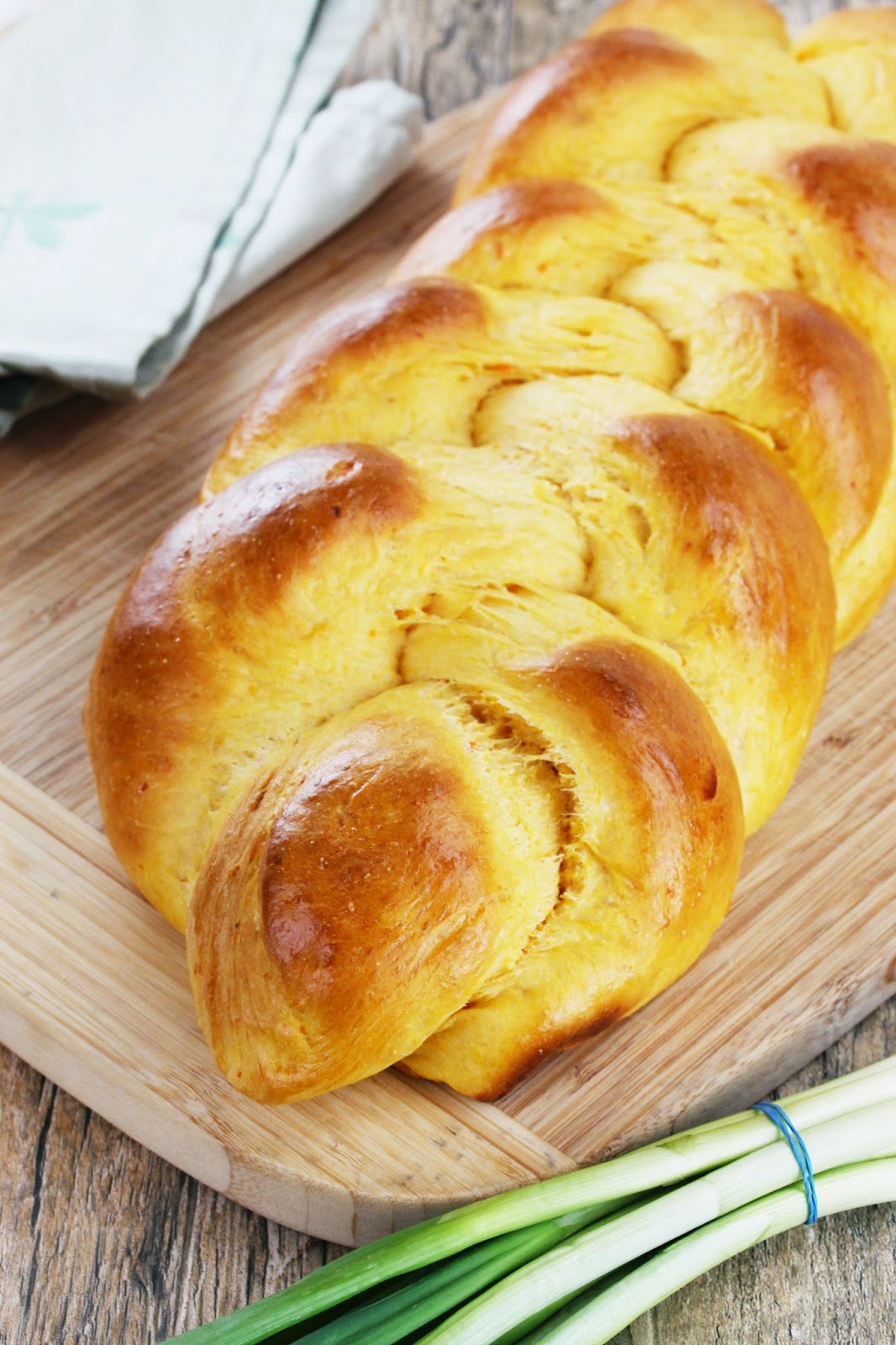 braided sweet potato bread