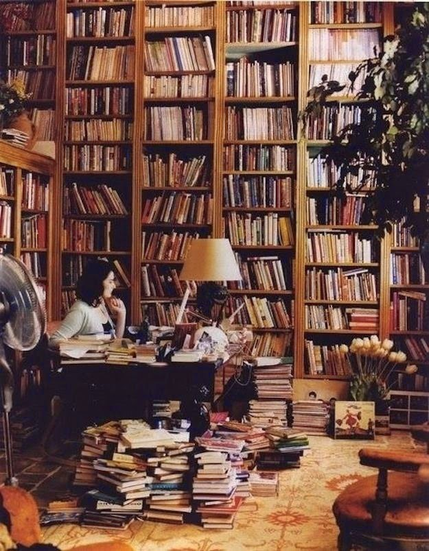 Workspaces Of The Greatest Artists Of The World (38 Pictures) - Nigella Lawson, food writer