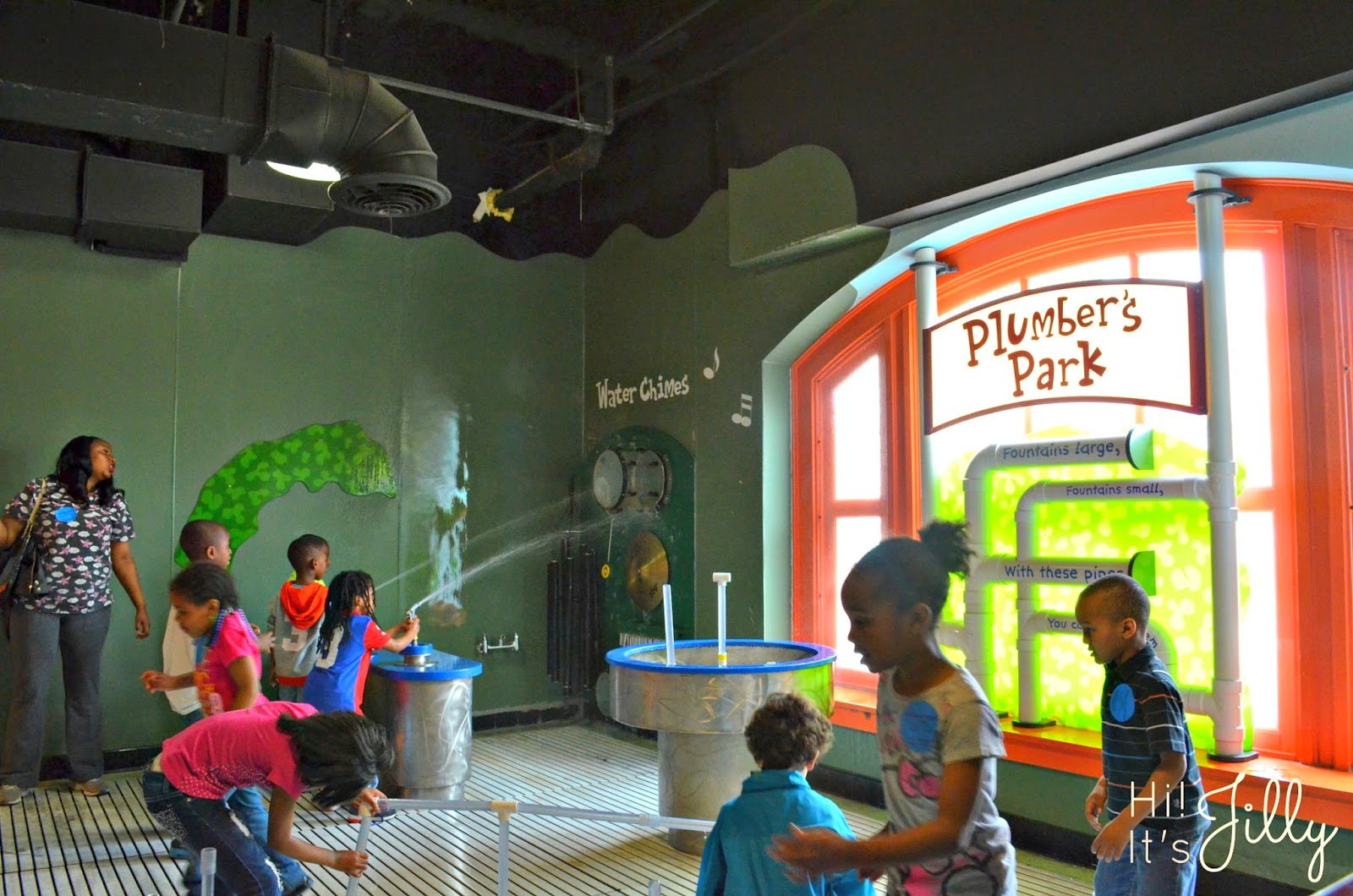 Visit Port Discovery Children's Museum in Baltimore, rated one of the TOp 5 children's museums in the US! #portdiscovery #baltimore #family #kids #vacation