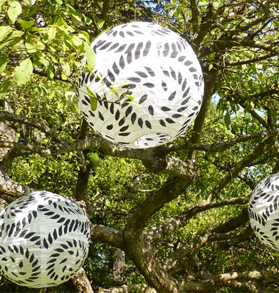Having a black and white wedding Try these great paper lanterns with a