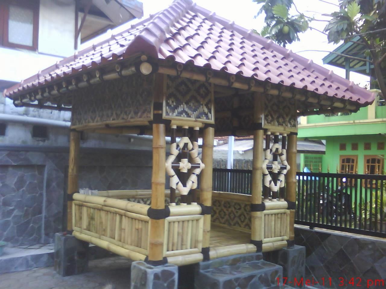 Saung-gazebo-saung bambu-atap-sirat