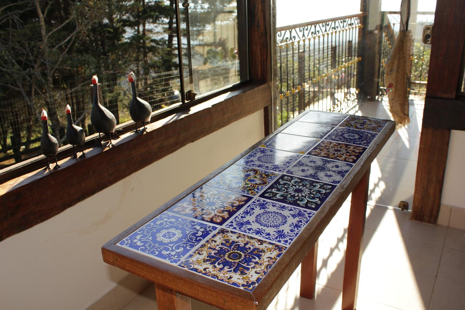 Balellas mesa em azulejos antigos - Mesas de azulejos ...