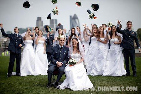 Foto Pernikahan Pangeran William dan Kate Middleton (HOT)
