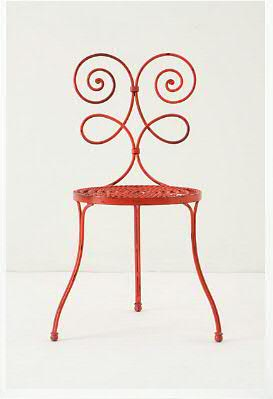 Le Versha Chair, Red - An Iron Chair with Old and Antique Look