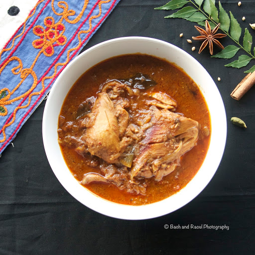 Chettinad Chicken - South Indian Chicken Curry