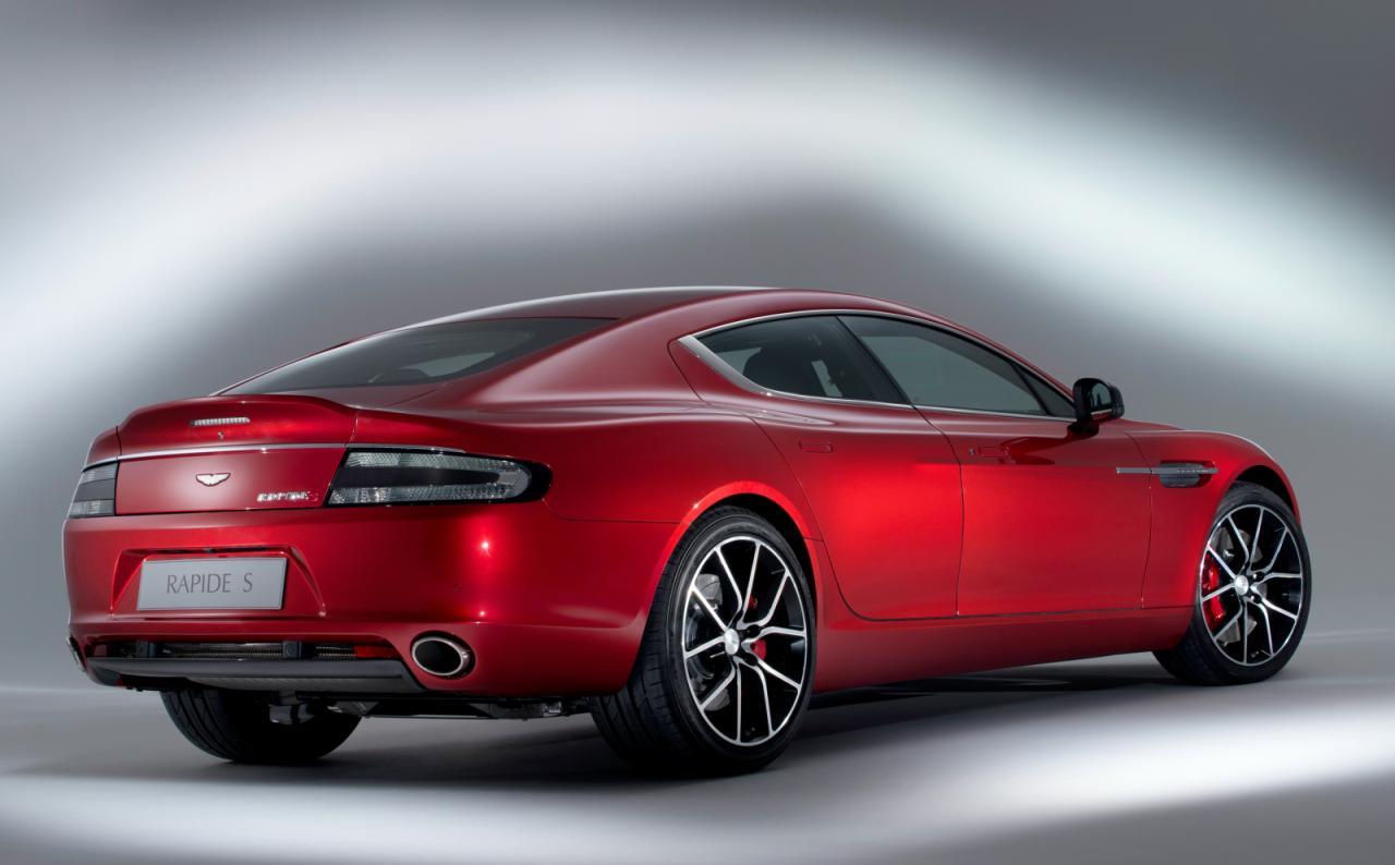[Resim: Aston+Martin+Rapide+S+2.jpg]