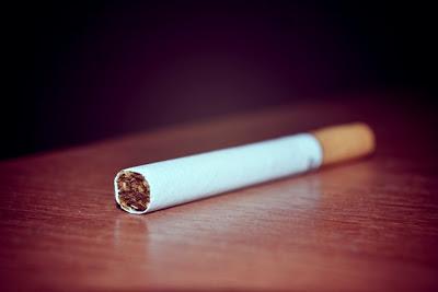 где нельзя курить? с 1 июня запрещается курение во многих общественных местах