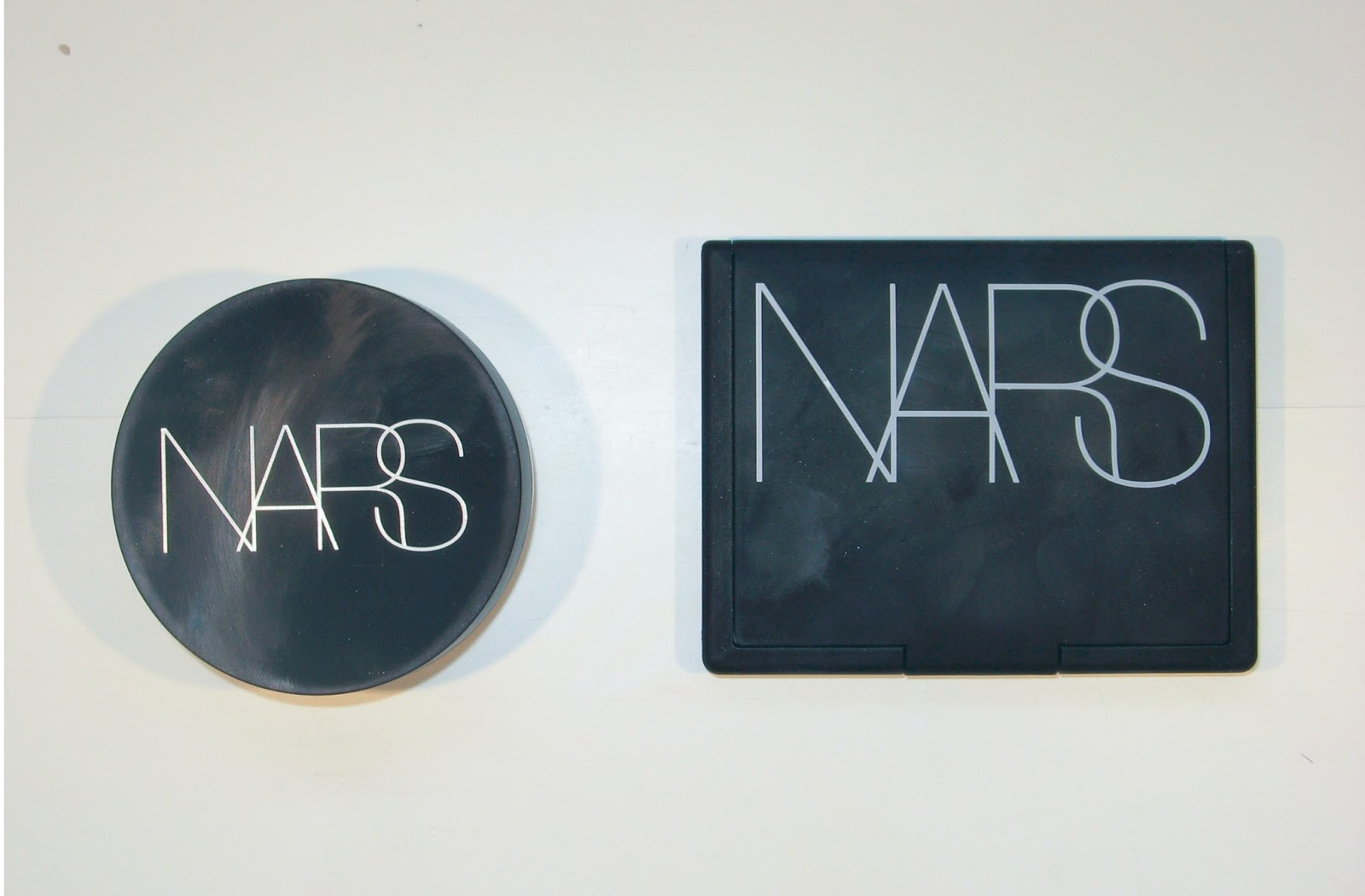 product review nars light reflecting setting powder ages of beauty. Black Bedroom Furniture Sets. Home Design Ideas