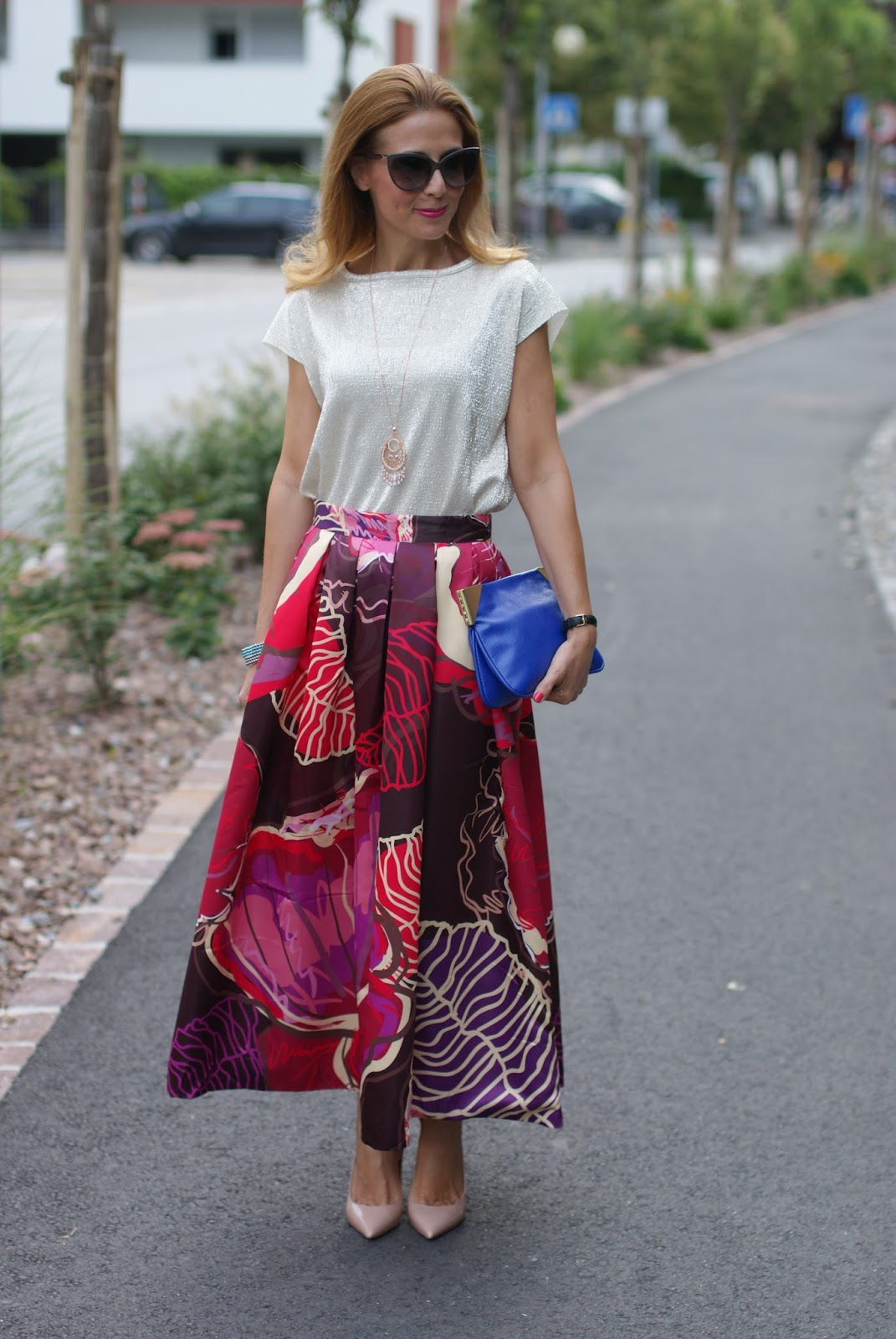 Chicwish exotic print maxi full skirt for an ethno chic outfit with Le Silla pumps and Luca Barra jewels on Fashion and Cookies fashion blog, fashion blogger style
