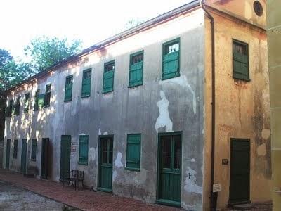 Aiken-Rhett slave quarters exterior